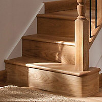 Cheshire Mouldings Bullnose tread