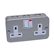 Power Pro 13A 2 gang Switched Metal-clad socket