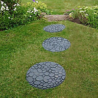 Grey Single size River rock Stepping stone 0.2m²