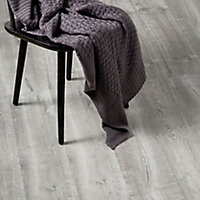 Aberfeldy Grey Oak effect High-density fibreboard (HDF) Laminate Flooring Sample