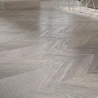 Alessano Grey Oak effect Laminate flooring, 1.39m² Pack
