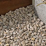 Blooma Cotswold buff Decorative stones, Large 22.5kg Bag