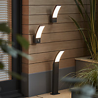 Blooma Gambell Adjustable Matt Charcoal grey Mains-powered LED Outdoor Curve Wall light 800lm
