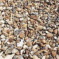 Blooma Gravel Golden brown Decorative stones, Large 22.5kg Bag