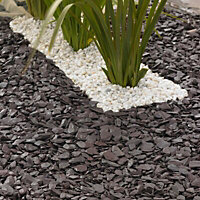 Blooma Plum 30-60mm Slate Decorative chippings, Large Bag