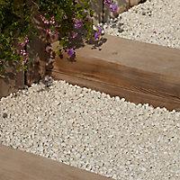 Blooma Spar White Decorative stones, Large 22.5kg Bag