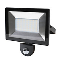 Blooma Weyburn Black Mains-powered Cool white Outdoor LED 2400lm