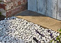 Blooma White Marble Rounded pebbles, Bulk 22.5kg Bag