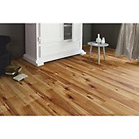 Bravo Natural Wood effect Flooring, 1.76m² Pack