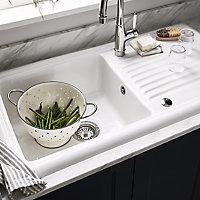 Cooke & Lewis Burbank Gloss White Ceramic 1 Bowl Sink & drainer