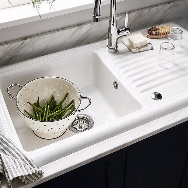 Cooke Lewis Burbank Gloss White Ceramic 1 Bowl Sink Drainer Diy At B Q