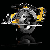 DeWalt 18V 165mm Cordless Circular saw DCS391 - Bare