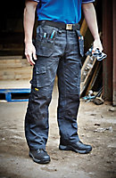 "DeWalt Pro Tradesman Black Trousers, W36"" L33"""