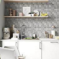 Diriana Grey Stone effect Natural stone Mosaic tile sheet, (L)300mm (W)300mm