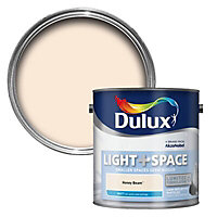 Dulux Light & space Honey beam Matt Emulsion paint 2.5L