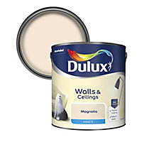 Dulux Magnolia Matt Emulsion paint, 2.5L