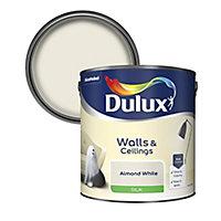 Dulux Natural hints Almond white Silk Emulsion paint, 2.5L
