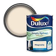 Dulux One coat Magnolia Matt Emulsion paint, 5L