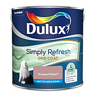 Dulux One coat Pressed petal Matt Emulsion paint, 2.5L