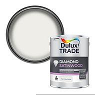 Dulux Trade Diamond Pure brilliant white Satinwood Metal & wood paint, 2.5L