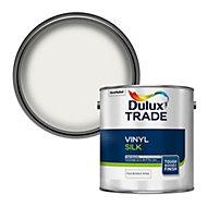 Dulux Trade Pure brilliant white Silk Emulsion paint, 2.5L