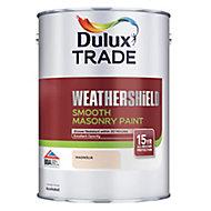 Dulux Trade Weathershield Magnolia Smooth Masonry paint, 5L