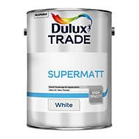 Dulux Trade White Super matt Emulsion paint, 5L
