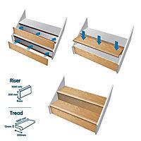 Geom Stair Klad Oak veneer 3 piece Tread & riser kit