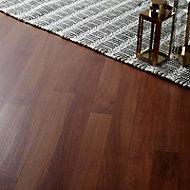 Geraldton Natural Oak effect Laminate Flooring