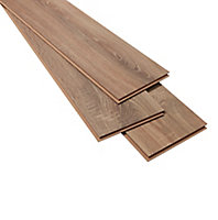 GoodHome Albury Natural Oak effect Laminate flooring, 2.47m² Pack