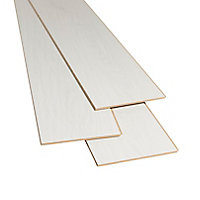 GoodHome Ballarat White Oak effect Laminate flooring, 2.467m² Pack