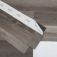 GoodHome Bossa Nova Wood effect Luxury vinyl flooring tile, 0.97m² Pack of 7