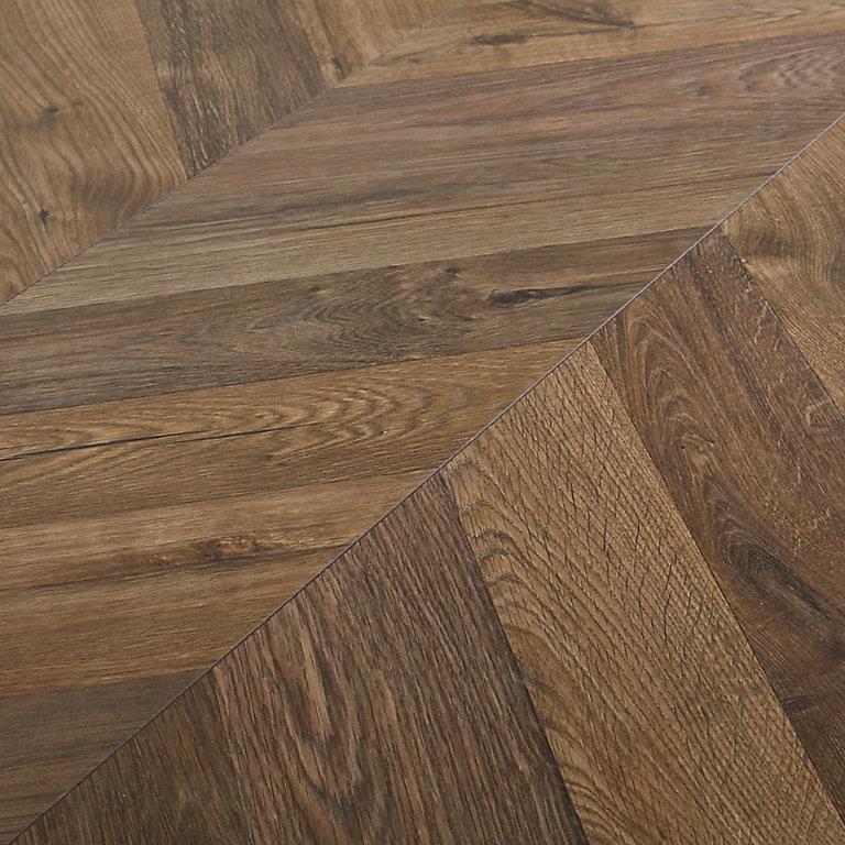 Goodhome Helston Dark Oak Effect, Laminate Flooring Dark Oak