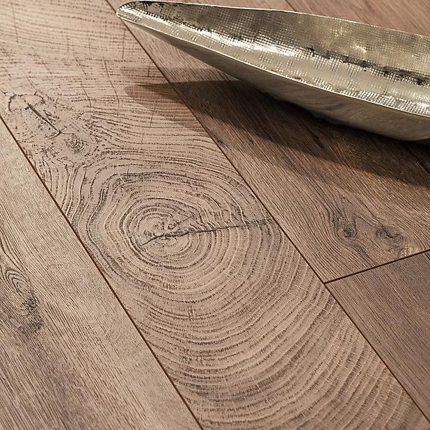 Goodhome Lydney Brown Dark Oak Effect, Kitchen Laminate Flooring B Q