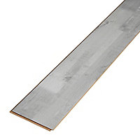 GoodHome Rockhampton Grey Oak effect Laminate flooring, 2.467m² Pack