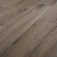 GoodHome Strood Grey Oak effect Laminate Flooring, 1.3m² Pack