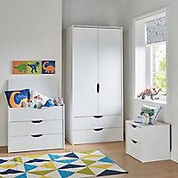 Hartnett Matt white 3 piece Bedroom furniture set