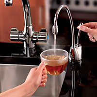 InSinkErator Chrome effect Filtered hot water tap