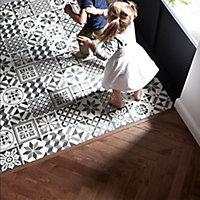 Konkrete Grey Matt Décor mix Porcelain Wall & floor Tile, Pack of 34, (L)200mm (W)200mm