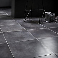 Konkrete Grey Matt Modern Concrete effect Porcelain Floor tile, Pack of 10, (L)426mm (W)426mm