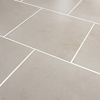 Konkrete Ivory Matt Modern Concrete effect Porcelain Floor tile, (L)426mm (W)426mm, Sample
