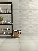 Konkrete Ivory Matt Modern Concrete effect Porcelain Floor tile, Pack of 8, (L)307mm (W)617mm