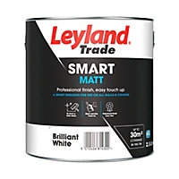Leyland Trade Smart Brilliant white Flat matt Emulsion paint, 2.5L
