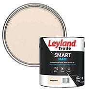 Leyland Trade Smart Magnolia Flat matt Emulsion paint, 2.5L