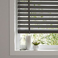 Lone Grey Wood grain effect PVC Venetian Blind (W)120cm (L)180cm