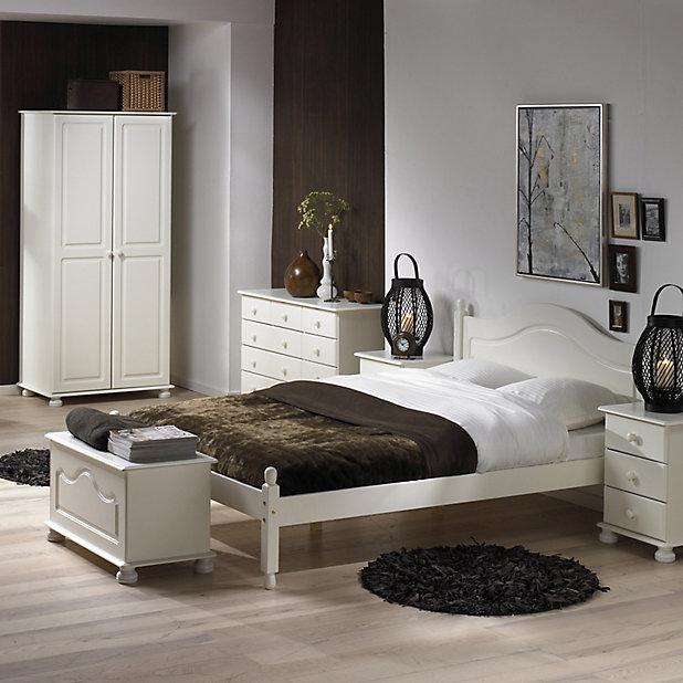 Malmo White 3 Piece Bedroom Furniture, White Bedroom Furniture Sets B Q