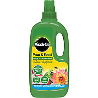 Miracle Gro Pour & feed Liquid Plant feed 1L