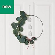 28cm Eucalyptus ring & house Wreath