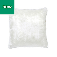 Nacre Faux fur White Cushion
