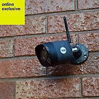 Yale Wireless Black Internal & external Bullet camera